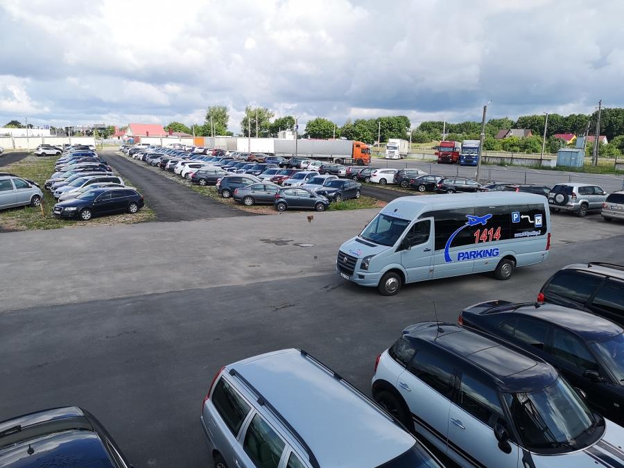Saugus automobilių parkavimas prie Vilniaus oro uosto 1