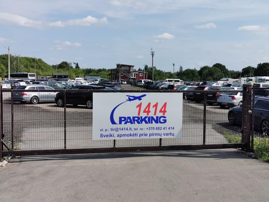 Saugus automobilių parkavimas prie Vilniaus oro uosto 7